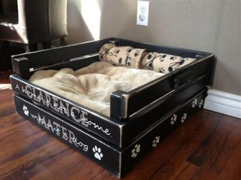 pallet dog bed plans how to make the easiest diy pallet dog bed the whoot