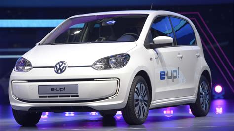 electric smart car cost best electric cars 2017 smart tesla and more the week uk