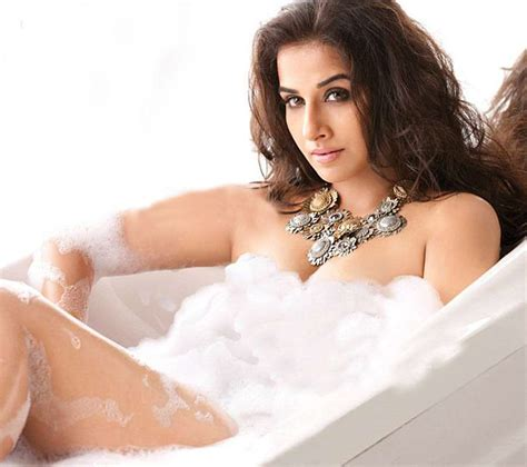 sexy in bathtub urdu health tips vidya balan hot
