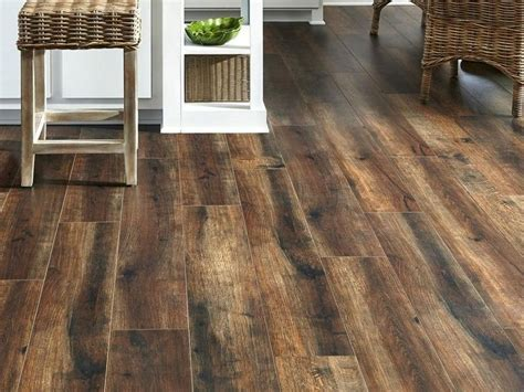 Top Laminate Wood Flooring To Choose