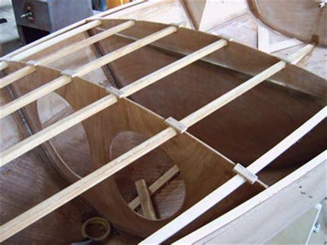 zelf roeiboot bouwen moderne bootbouw