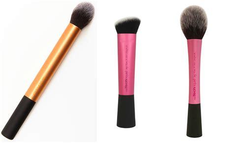 Jenis Eyeliner yuk cari tahu fungsi berbagai jenis makeup brushes dan