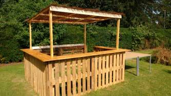 outdoor pallet bar 1001 pallets