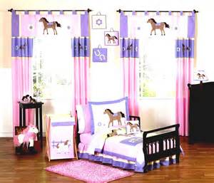Purple And Pink Bedroom girls bedroom also cute horse theme in pink and purple color