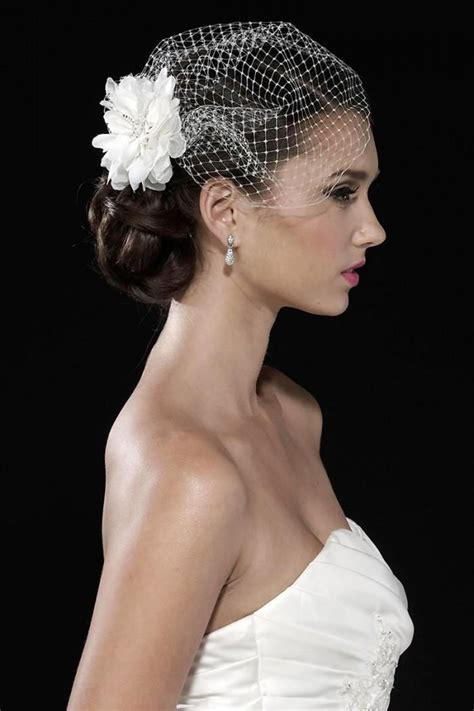 Best 25  Short veil ideas on Pinterest   Short wedding