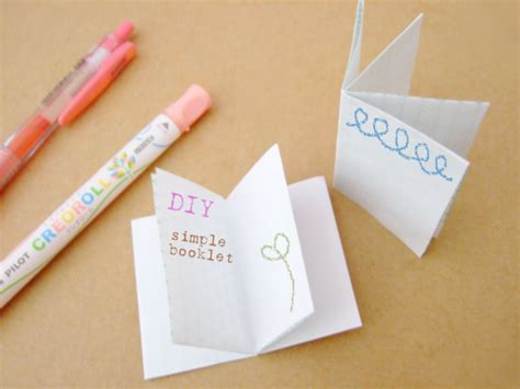 How To Make A Paper Booklet - how to bind papers without staples or 3 bloomize