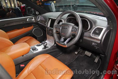 srt jeep 2016 interior jeep grand cherokee srt interior at auto expo 2016