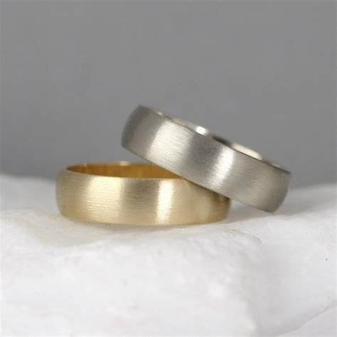 5mm 14k gold wedding band s or wedding rings