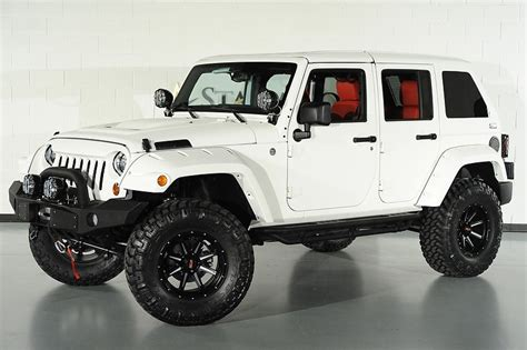 starwood motors jeep white 2013 jeep wrangler unlimited 24s pkg we finance dallas