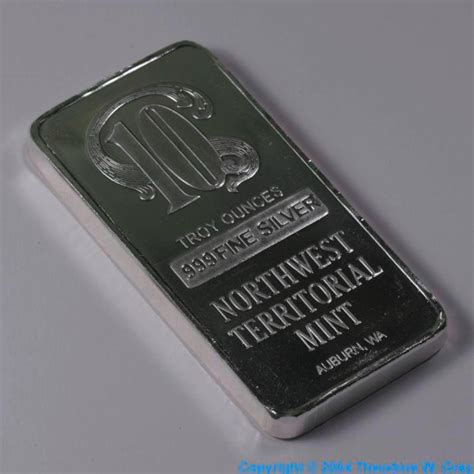 10 Ounces Of Silver by 10 Ounce Bar A Sle Of The Element Silver In The