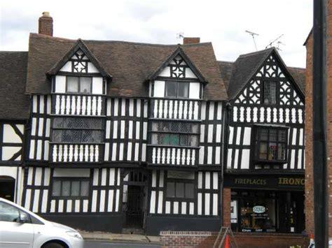 Sheds In Shrewsbury by Shrewsbury Echostains
