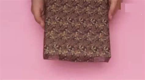 Kemeja Kotak 2cm cara membungkus kado bentuk baju kemeja unik