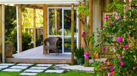 House To Home Small Garden Small Homes And Small Gardens Marvelous Ideas