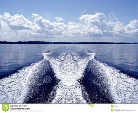 speed boat wake boat wake royalty free stock photos image 71168
