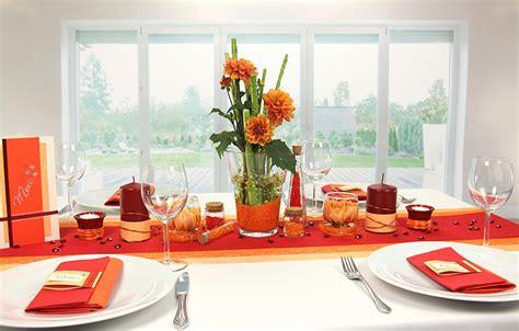 tischdeko orange rot tischdekorationen trendmarkt24 - Tischdeko Rot