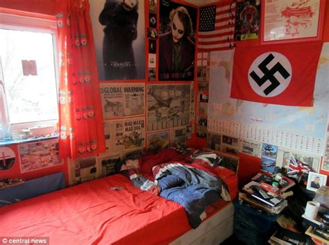 Livingroom Glasgow bedroom of michael piggin teen who plotted columbine