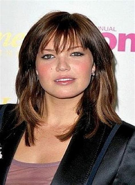layered hair around face long hairstyles layered around face