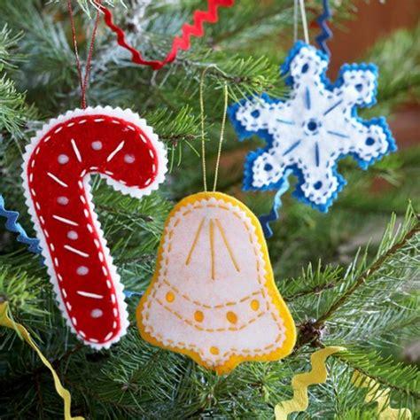fifty shades xmas tree ornaments 70 diy felt tree ornaments shelterness