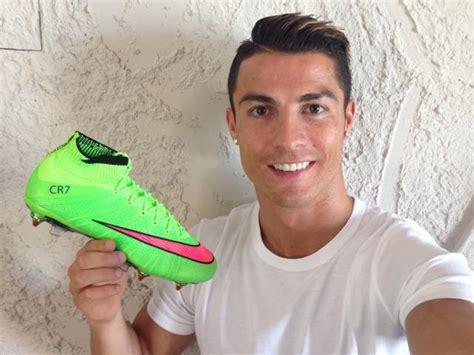Cristiano Ronaldo Schuhe by Gr 252 Ner Nike Mercurial Superfly Iv Christiano Ronaldo 2014