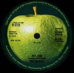 Who Owns A Home Records Apple Inc Now Owns Beatles Apple Logo Noise11
