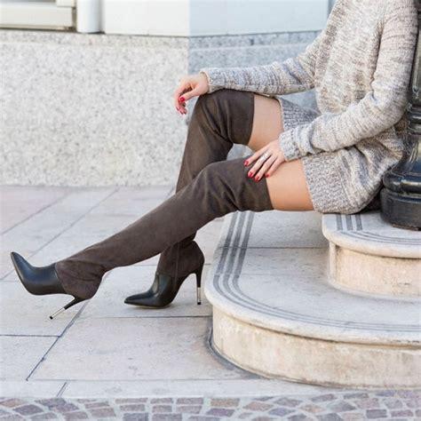lindsay lohan parties  adidas sweatshirt  boots