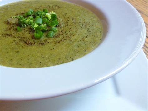 Kale Thc Detox by Broccoli Leek Soup With Kale And Black Pepper