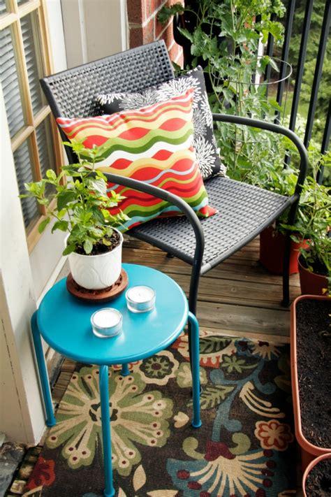 Kleiner Balkon Einrichten by Balkongestaltung Als Teil Der Wohnungseinrichtung