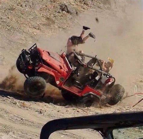 jeep beer hold my beer i m gonna try something funny jeep pics