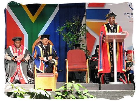 Ppeerinde Mba Graduation Requriements by Education In South Africa South Education