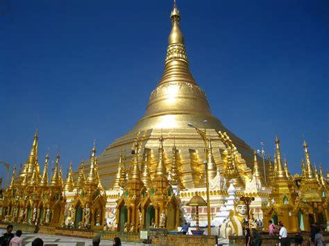 Pagoda L di qua e di la rangoon shwedagon la pagoda d oro the golden pagoda