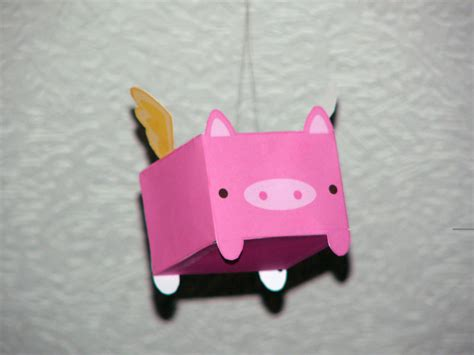 Pig Papercraft - flying pig papercraft by volvoab