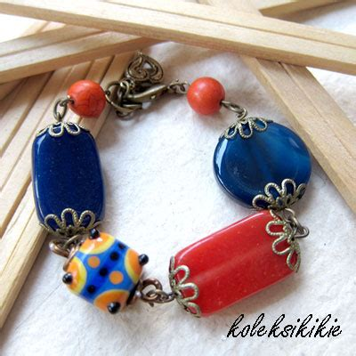 Gelang Motif Cinta gelang simple dengan manik kaca unik blogkoleksikikie