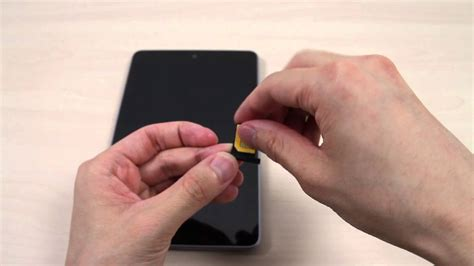 Asus Nexus 7 No Sim Card Slot by How To Insert The Micro Sim Card On Asus Nexus 7