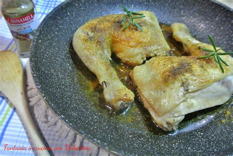 come cucinare cosciotti di pollo cosciotti di pollo arrosto in padella fantasia in cucina con
