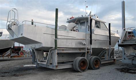 cameras on fishing boats nz fishing boats at kaikoura south bay south island new