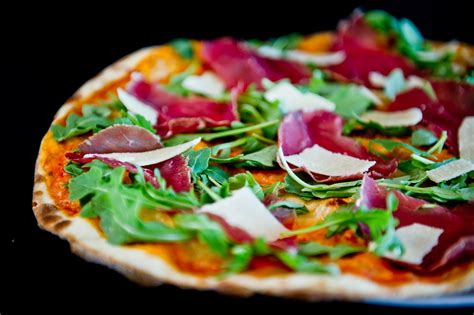 pizzeria tavola pizzeria tavola calda