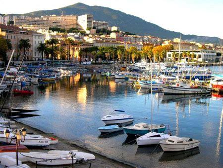 ajaccio port port d ajaccio bateaux transport ajaccio corse du