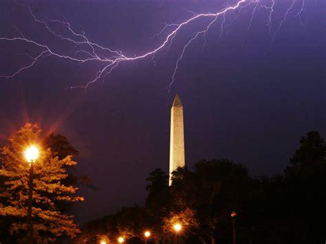 Debt Ceiling Shutdown by Government Shutdown V Debt Ceiling Fights Business Insider