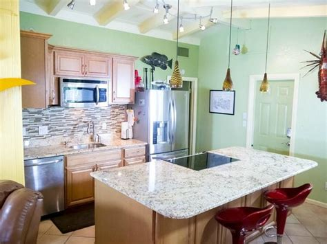 siesta key bed and breakfast beachpoint resort cottages deals cottage reviews