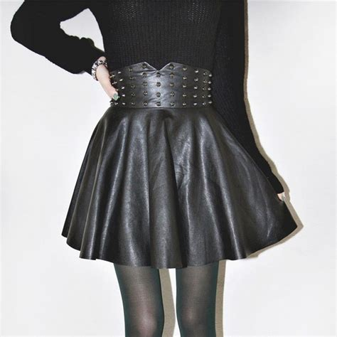 high waist faux leather flared pleated skater