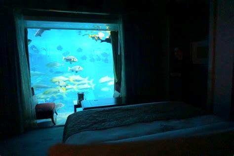 Suite Neptune Underwater An Exclusive Look The Neptune Suite Atlantis Hotel Dubai
