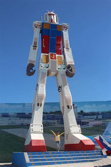 18 meters to feet 21 meter rx 78 2 gundam spotted in a resort in the