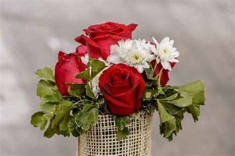 wallpaper vas bunga gambar wallpaper bunga segar gudang wallpaper