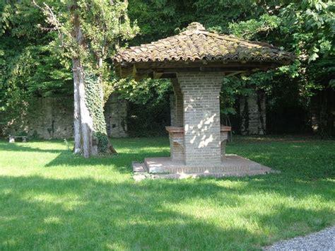 pozzo per giardino pozzo da giardino accessori da esterno caratteristiche