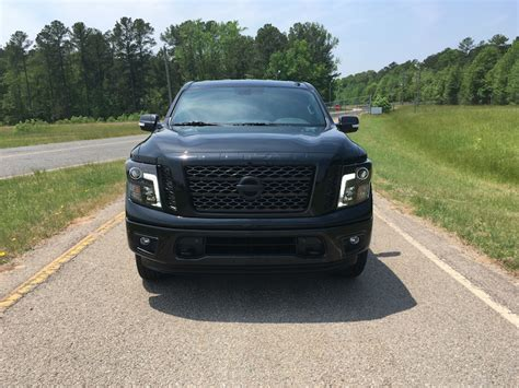 nissan titan midnight edition midnight edition 2018 nissan titan auto trends magazine