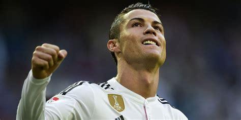 Sepatu Bola Cristiano Ronaldo sepatu emas untuk ronaldo bola net