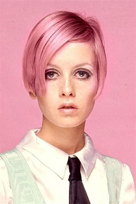 twiggyhairstyles for straight hair 1960s twiggy pictures biography 1960s fashion