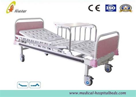 kid in hospital bed children in hospital bed www imgkid com the image kid has it