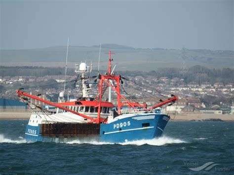 fishing boat pd905 honeybourne iii fishing vessel details and current