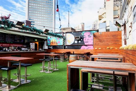 roof top bar melbourne best rooftop bars in melbourne